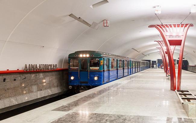Работа в метро вакансии девушки
